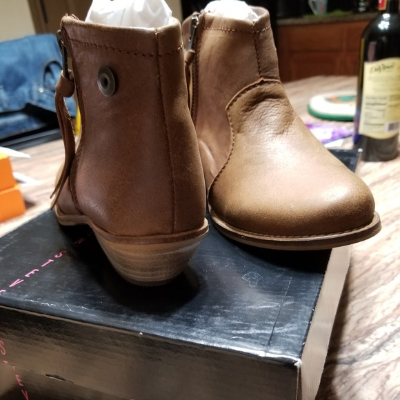 477dfd91fca Steven by Steve Madden Noah Ankle Boots